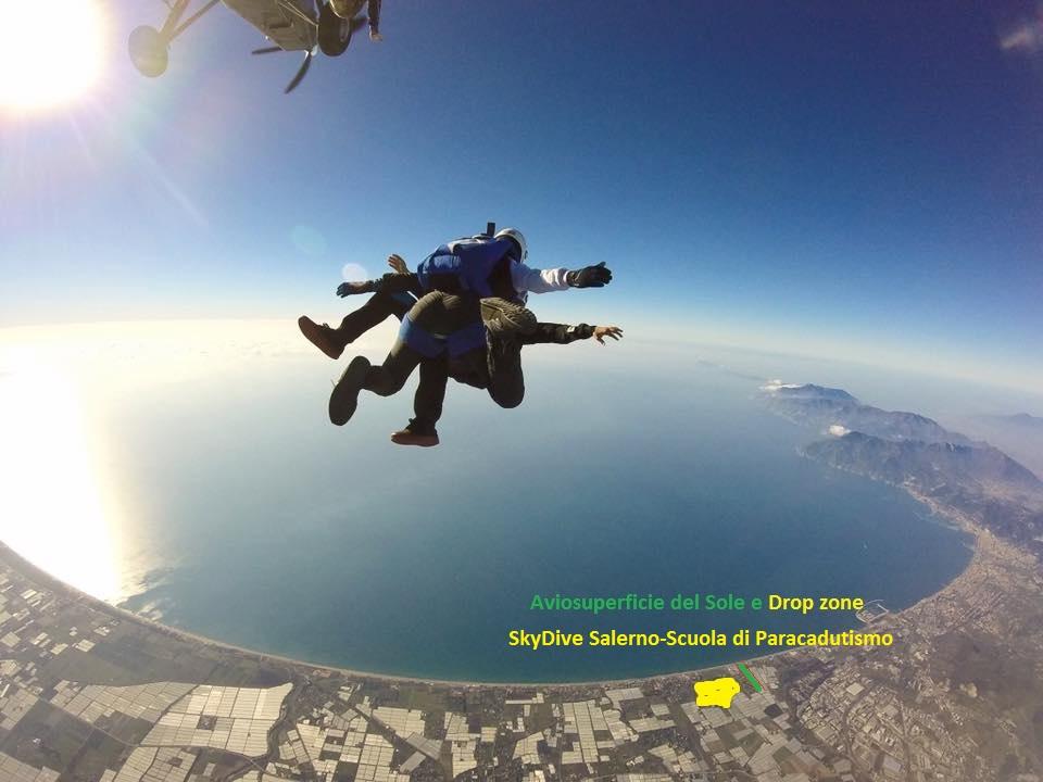 Paracadutismo sull'Aviosuperficie del Sole